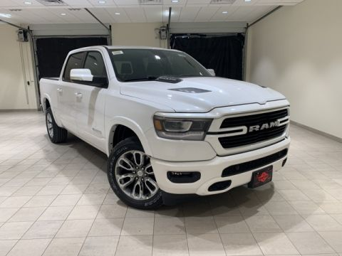 "NEW 2019 RAM 1500 LARAMIE CREW CAB 4X2 5'7"" BOX"