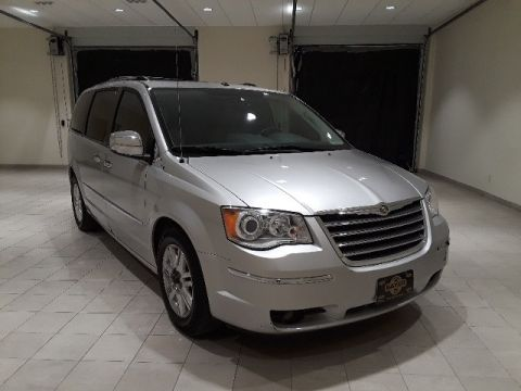 PRE-OWNED 2008 CHRYSLER TOWN & COUNTRY LIMITED FWD 4D PASSENGER VAN