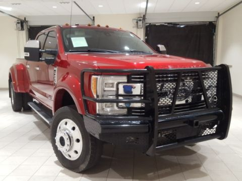 Pre-Owned 2017 Ford F-450SD Lariat